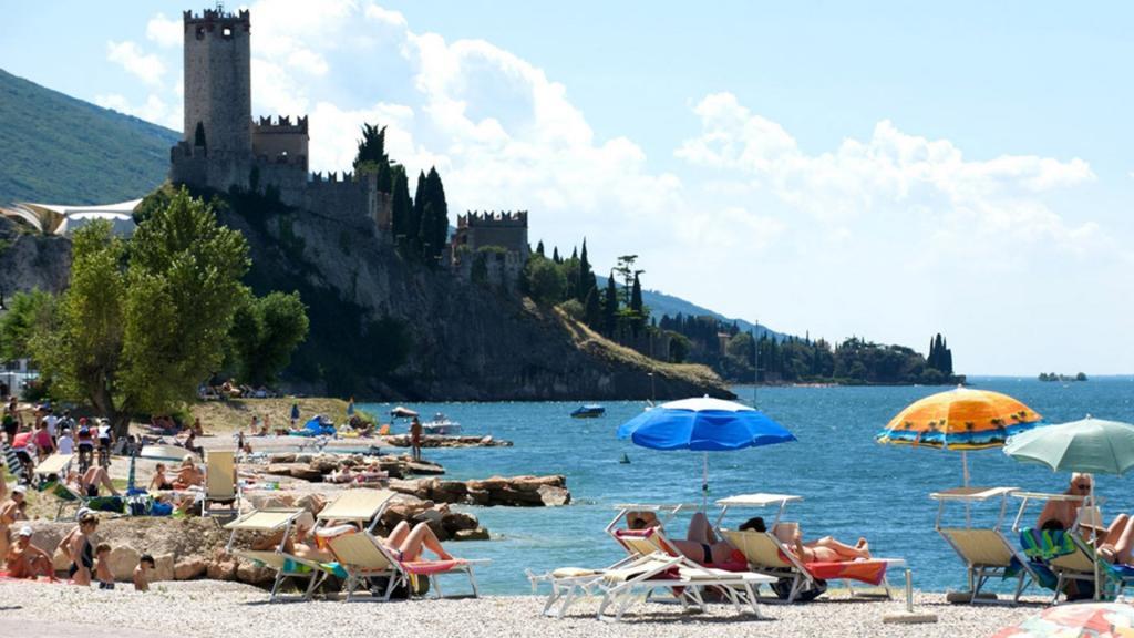 <b>The best beaches</b> in Malcesine, on Lake Garda